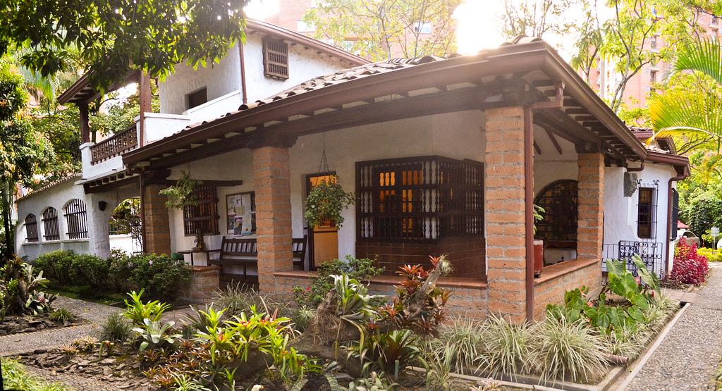 Medellin LIfestyle Great Date Spots Casa Museo Otra Parta Envigado